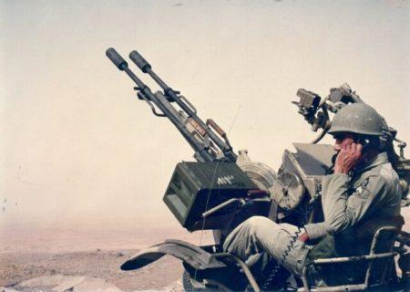 چه کتابهایی درباره پدافند هوایی در دفاع مقدس نگاشته شدهاند؟